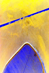 """""""Soprano vs. Tenor""""  DSC_5728 (kluehirschSnowpine) Tags: blue abstract hot color texture lines yellow contrast form enhanced"""