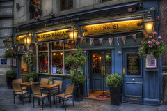 Won't you come in for a pint? (helterskelter.711) Tags: street uk flowers building london english tourism beautiful architecture canon photography pub exterior shot traditional tourist architectural gb greenery lamps pubs decor hdr ifu