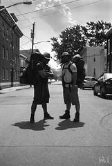 Flix et Jrmy partent  l'aventre (Hubert Vachon) Tags: white black nikon f100 iso qubec backpack 50 bros panf limoilou af5018d af50mm18d