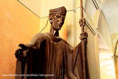 A00465 (Okrugnosti) Tags: city sculpture art history tourism monument statue bronze town spain memorial iron europe battle knight defeat winning monserrat partof traveldestinations bodyarmor famousplace grunwald