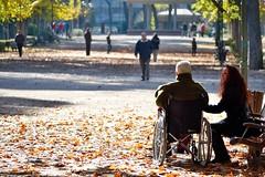 El parque (JR Lopez Carnero) Tags: park family parque autumn espaa smile spain nikon europe wheelchair grandfather otoo albacete nikond3300