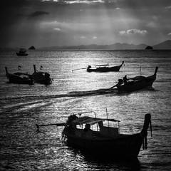 light and shadow (paddy_bb) Tags: travel sunset seascape water thailand evening coast asia 2012 nikond3100 paddybb aonangkrabithailand2012