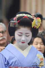 Geisha at Gion (jtroffaes) Tags: kyoto maiko geisha poet gion sai kanikakuni