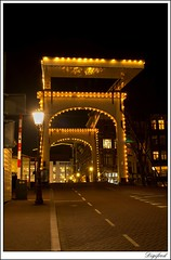 Digifred Walter Suskindbrug Nieuwe Herengracht Amsterdam___9655 (Digifred. Thx for > 3 000 000 views.) Tags: street city nightphotography walter holland netherlands amsterdam night nederland nightlight nightview brug grachten nachtfotografie straat nieuweherengracht waltersuskindbrug digifred susukind