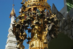 bells on the umbrella (cam17) Tags: shwedagon yangon burma stupa myanmar shwedagonpagoda rangoon shwedagonpaya ceremonialumbrella stupaumbrella umbrellacrown bellsontheumbrella messofbells