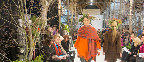 SONIA REYNOLDS PRESENTS HER SELECTION OF THE BEST OF IRISH FASHION REF-101461