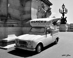 Ice cream anyone ? (petit_filou77) Tags: city bridge summer urban bw white black paris france ice automobile 4 cream renault collection invalides pont collectible oldcar t alexandre 4l automobiles ville glace vhicule