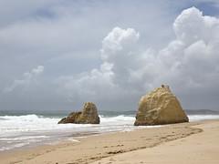Praia das Rocha nuages et rochers (JMVerco) Tags: sea cloud mer portugal mare nuvola nuage