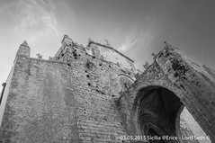 Erice (Lord Seth) Tags: 2015 d5000 duomodellassunta erice lordseth sicilia bw biancoenero borgo chiesa italy medievale nikon