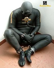 807 12 (rubbermax) Tags: rubber wetsuit neoprene