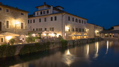 Bagno Vignoni (Di_Chap) Tags: italie italy valdorcia tuscany bagnovignoni