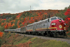 Mainly Sunny (ac1756) Tags: acr algomacentral wisconsincentral wc wcl 1 bellevue ontario canada fall color