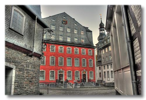 Monschau - Rotes Haus der Patrizierfamilie und Tuchfabrikant Scheibler 1752-68