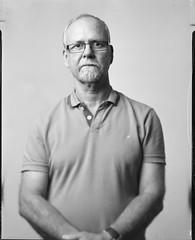 Philippe (Denis G.) Tags: portrait noiretblanc rodinal chambre philippe largeformat sinar viewcamera 2014 foma100 standdev largeformatportrait schneider180 bienvenuedansmachambre