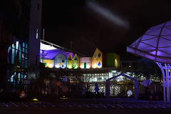 DSC_2369 (ppeng@yahoo) Tags: street night 50mm nikon taipei 50mmf14d d810 taipeichildrensamusementpark 台北兒童新樂園