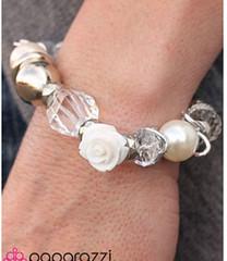 5th Avenue White Bracelet K1 P9409A-4
