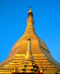 YANGON RANGOON SULE PAGODA (patrick555666751) Tags: pagoda asia yangon burma south du east myanmar asie sud est rangoon sule pagode birmanie