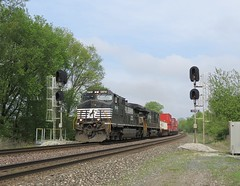 Norfolk Southern Chicago Line / MP 469 West (codeeightythree) Tags: ns signals norfolksouthern newdurham norfolksouthernrailroad norfolksouthernchicagoline newdurhamindiana