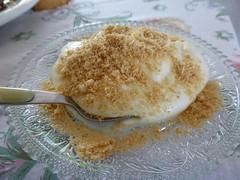P1000183 (amalia_mar) Tags: dessert sweet sweetyogurt biscuitgrated