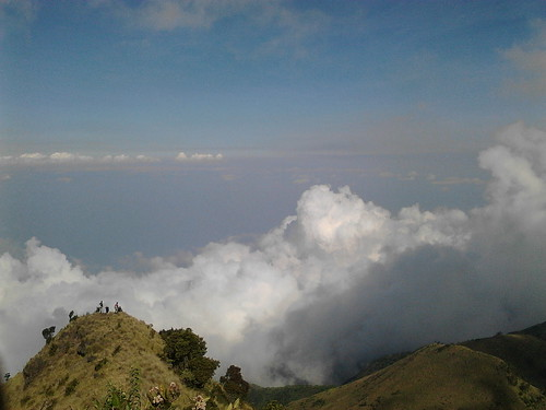 "Pengembaraan Sakuntala ank 26 Merbabu & Merapi 2014 • <a style=""font-size:0.8em;"" href=""http://www.flickr.com/photos/24767572@N00/27094564601/"" target=""_blank"">View on Flickr</a>"