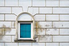 Blue Window (macplatti) Tags: street blue window lines azul wall architecture austria fantastic fenster wand structure blau obersterreich fassade aut schrding