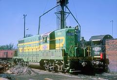 IT GP7 1602 (Chuck Zeiler) Tags: railroad it locomotive 1602 chz emd gp7