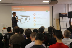 LOLL0616 (BeMyApp) Tags: objets recon smartglasses connects