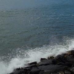Breaking waves (_roberta ricciardi) Tags: waves sea ocean breakingwave blue