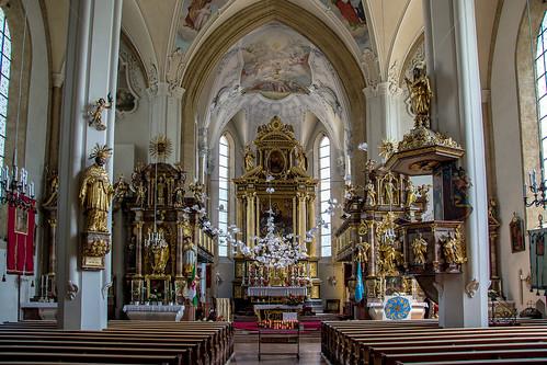 In een kerk van Kitzbühel