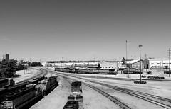 06 jun 16 1 (42)ac (beihouphotography) Tags: railroad yards white black monochrome burlington kansas fujifilm fe topeka northern x30 sante