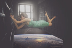 Escape (@morghyphotography) Tags: new sky house me girl photomanipulation wow creativity crazy artwork escape top space room fear alien ufo help morgan 2016 marinoni 2017 picotheday alieans desapier
