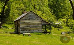 LRa05-24-16e-1354 (Glotzsee) Tags: history virginia cabin rustic blueridgemountains blueridgeparkway ushistory glotzsee