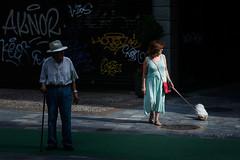 Escenas de calle (muliterno) Tags: seleccionar murciaciudad