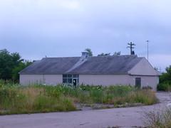 Vacant ? Monroe, Ohio - any ideas? (2) (Ryan busman_49) Tags: vacant retail ohio monroe abandoned