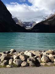 lake louise (sus o lala) Tags: blue canada mountains rockies hike glacier alberta rockymountains lakelouise teahouses
