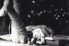 Black and white (lauraflorcar) Tags: espaa white black stockings canon eos 50mm andaluca spain 14 noel papa dslr mlaga apsc 450d