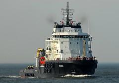 Uranus (Bernhard Fuchs) Tags: water boat nikon ship ships vessel tug elbe schiffe cuxhaven schlepper hafenschlepper hochseeschlepper