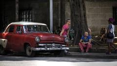 Streets of Havana - Cuba (IV2K) Tags: ford havana cuba centro caribbean cuban habana hdr kuba lahabana