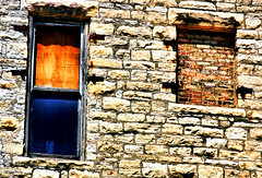 stone walled (Stu Bo) Tags: life city light usa chicago building brick history window stone canon photography stonework mason lookup 50d