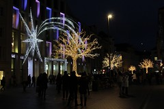 Innsbruck (CarloAlessioCozzolino) Tags: people night austria persone notte innsbruck notturno tirolo christmasmarkets tirolosettentrionale