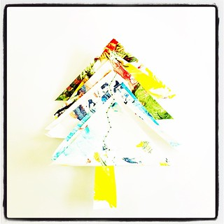 365/328 • this is a better paintings tree • #2014_ig_328 #christmas2014 #decorations #sewing #paintingstree #recycle #craft