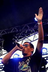 Zumba (raissaazeredo) Tags: show musician music banda cantor stage band singer vocalist performace rapper rapnacional