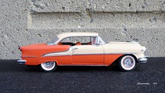 1955 Oldsmobile Super 88 Holiday Hardtop (JCarnutz) Tags: holiday 1955 super88 oldsmobile diecast 124scale danburymint