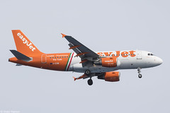 easyJet (Linate-Fiumicino Per Tutti Livery) - Airbus A319-111 - G-EZIW (Hamon Victor) Tags: sky plane canon airplane u2 eos airport nice europe european aircraft aviation victor special landing airbus per spotting airliner tutti avion easyjet livery a319 hamon spotter lfmn nce ezy avgeek easyjetcom a319111 geziw linatefiumicino 760d eos760d