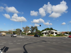 Braums LED Traffic Lights on Marion Rd/Sturt Rd Junction (RS 1990) Tags: trafficlights july junction led signals adelaide intersection friday southaustralia 8th 2016 mitchellpark braums marionrd sturtrd