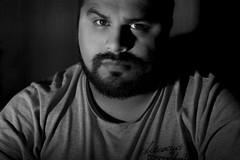 auto... SELFIE (photo_DLR) Tags: portrait blackandwhite personas monocromtico retrato blanco negro