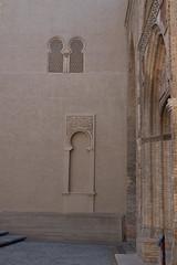 Lacking a door? (petyr.rahl) Tags: spain aljafera zaragoza aragn es