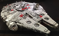 Lego-Mania /  5 (micky the pixel) Tags: ausstellung exibition spielzeug lego baustein brick starwars raumschiff spaceship scifi neunkirchen saarparkcenter saarland deutschland germany