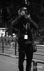 EvanIshida_Jornal01Set-20 (Evan Ishida) Tags: sopaulo so paulo sp sampa saopaulo brazil brasil jornalismo fotojornalismo journalism ato manifestao protesto direitos civis cidadania cidado povo fotgrafos rua paulista avenida foratemer diretas policiais policia police escudo gas lacrimogeneo bombas capacete mascara helicoptero aguia pb bw pretoebranco blackandwhite street urban press midia news politics politica