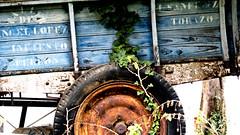 rueda de carro __ wagon wheel (Roger S 09) Tags: asturias cabranes castiello rueda carro wheel wagonwheel